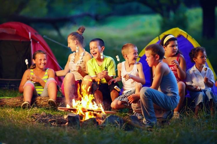Безопасни летни почивки с деца.